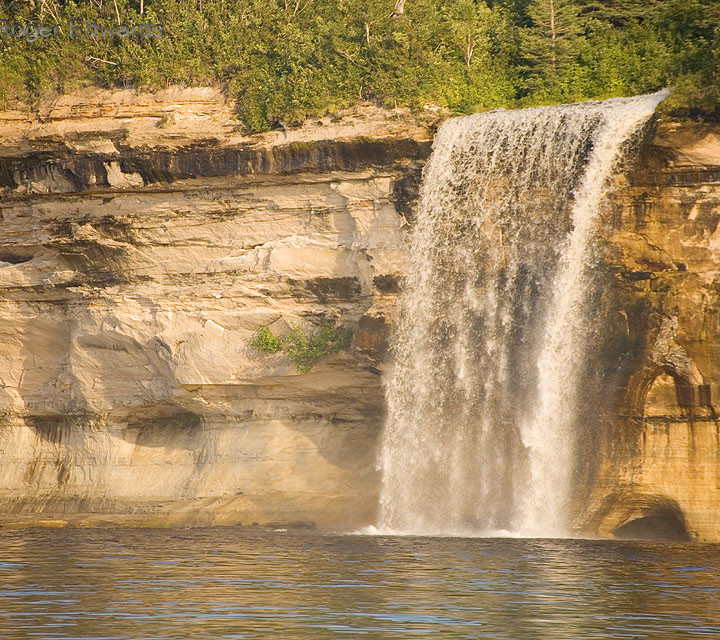 Spray Falls, Lake Superior