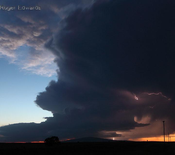 Twilight Supercell over Sierra Grande