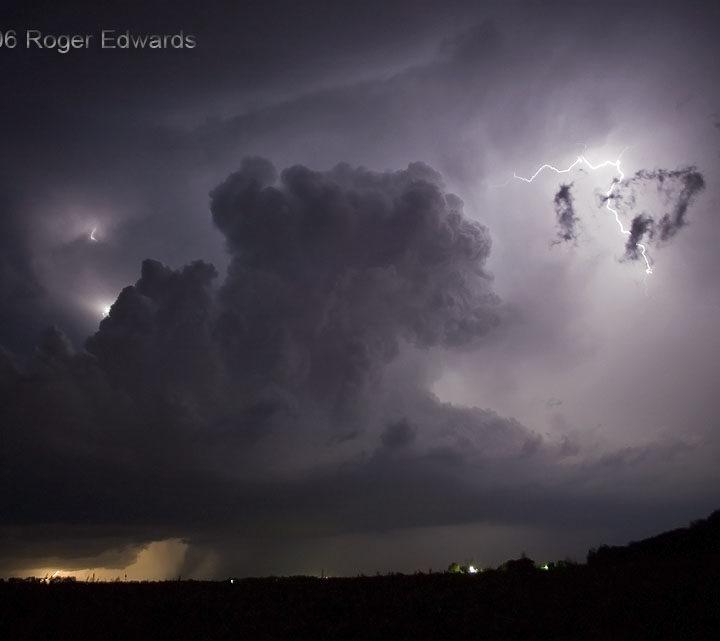 Kansas Nighttime Non-Tornado